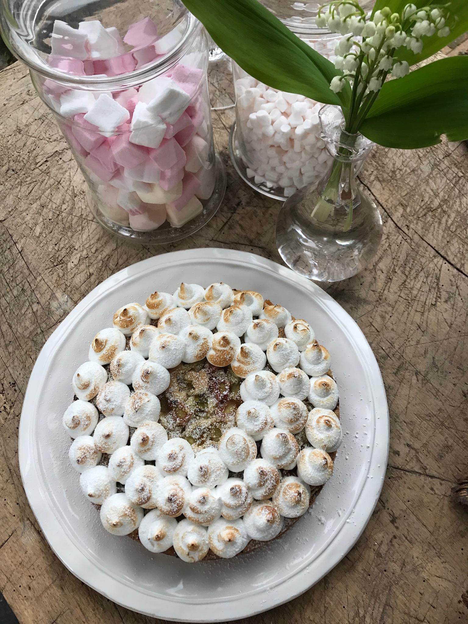 Rabarbertaart met meringue